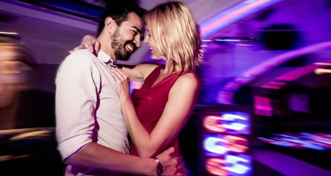 Red Love Night Club